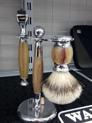 juego de brocha de afeitar tejon y maquinilla