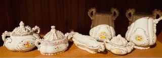 Juego de tocador de porcelana antigua