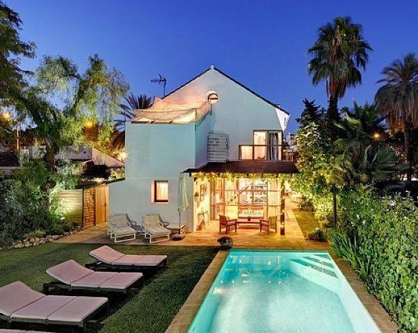 Villa en alquiler en Nueva Andalucía centro en Marbella (Bel-Air, Málaga)