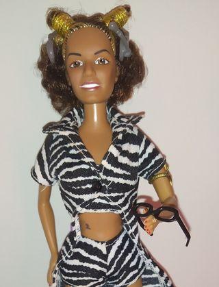 Mel B Barbie muñeca Spice Girls.