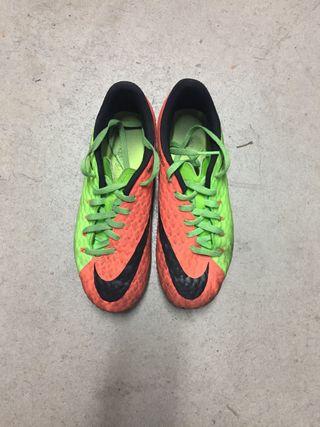 Bota futbol Nike Skin 36,5