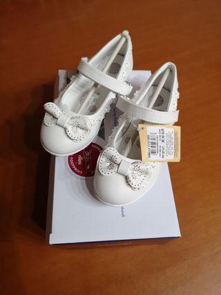 zapatos de chicco para niña a estrenar talla 27