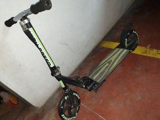patinete Boomerang