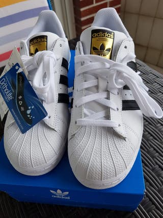 Adidas Superstar. IDEAL REGALO. SIN Estrenar