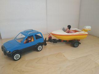 Coche familiar con lancha Playmobil