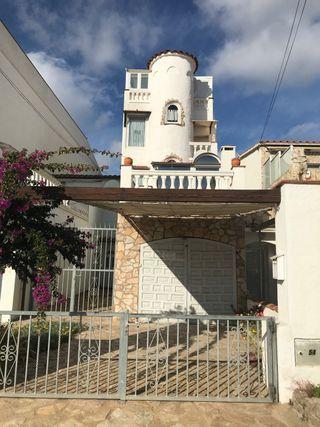 Casa con amarre para velero en Empuriabrava