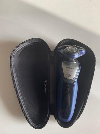 Afeitadora eléctrica Philips AquaTouch