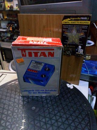 cargador titan 222