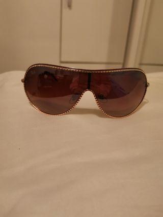 Gafas de sol Ray Ban.