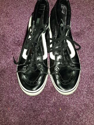 Vans Black Leather Trainers - Size 5