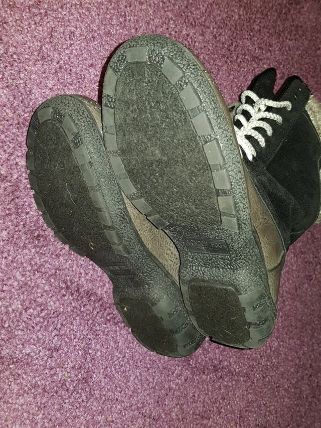 Black/Brown Snow Boots - Size 5