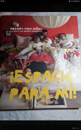 libro grande decoración de Ikea infantil