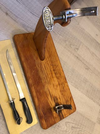 Jamonero , cuchillo jamonero y afilador