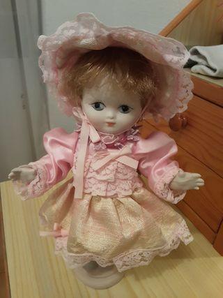 muñeca poecelana ramón ingles