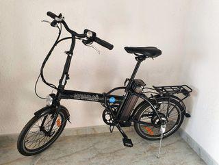 Bicicleta híbrida y plegable