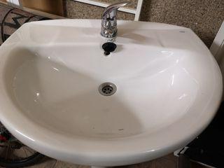 2 lavabos con pie y grifo 65cm
