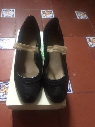 Zapatos baile flamenco semiprofesional. Talla 35