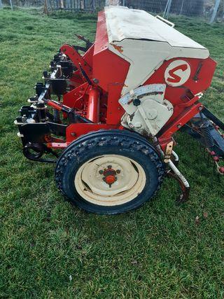 Sembradora económica tractor