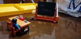 playmobil escuela