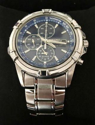 Reloj Seiko solar chronograph
