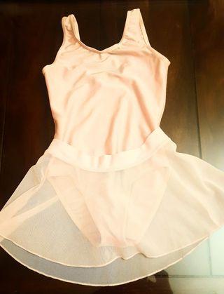 Maillot de danza y falda de tul
