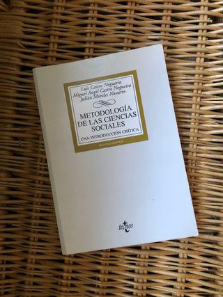 Libro metodología de las ciencias sociales UNED