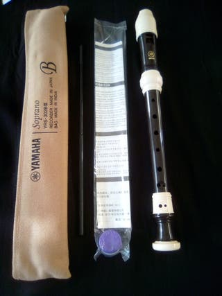 Flauta de pico soprano Yamaha barroca