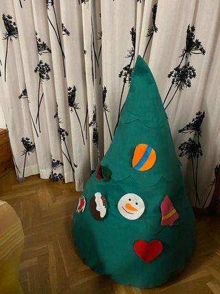 Árbol de Navidad de fieltro.