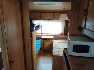 Caravana Burstner City 530+ dos avances + cocina