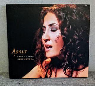 Aynur. Keçe Kurdan (Chica Kurda).