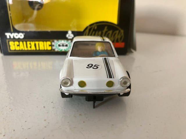 Scalextric Seat 850 coupé