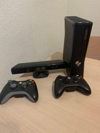 Xbox 360 + Kinect + 2 mandos + 25 juegos