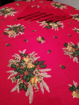 Mantel navideño y servilletas