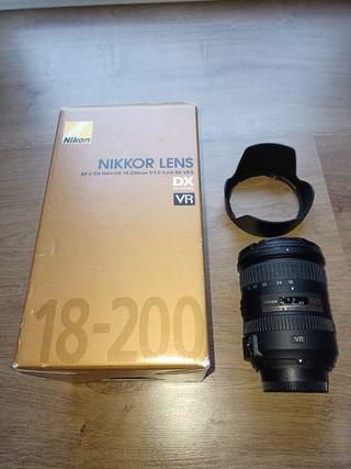 Nikon AF-S DX NIKKOR 18-200 mm f/3.5-5.6G ED VR II