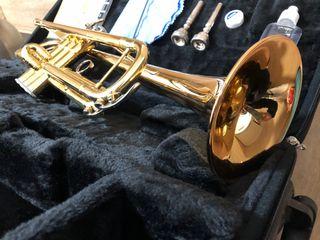 Trompeta YAMAHA YTR 4335 GII