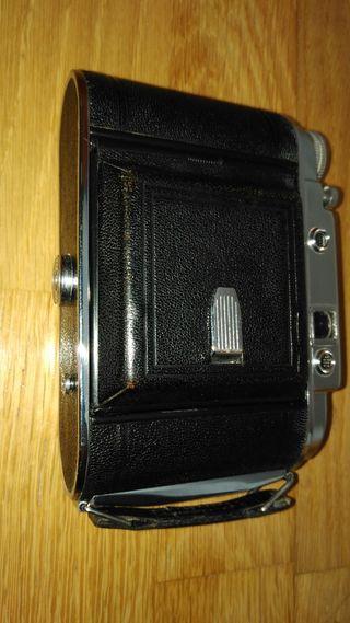 Camara Franka Solida III formato medio