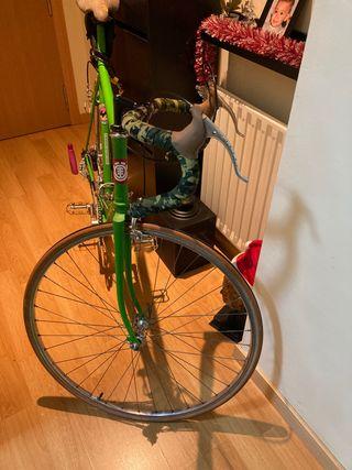 Bici de carretera MBK con cambios talla 60