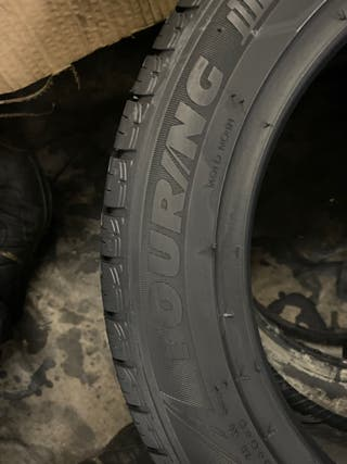 2 neumáticos 165/60R14 Tigar