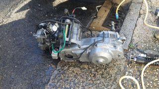 motor de moto kimco 500 . 2013