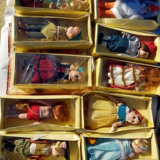 lote de muñecas de cuentos