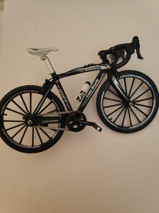 bicicletas escala 1:10 maqueta