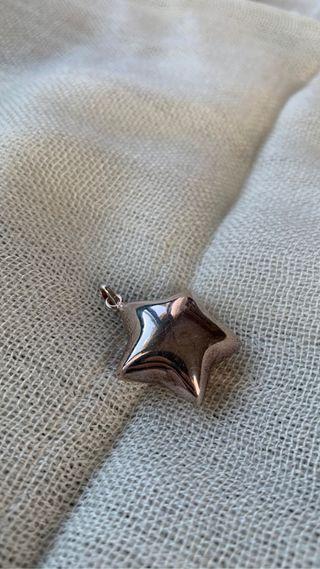 Colgante de plata en forma de estrella