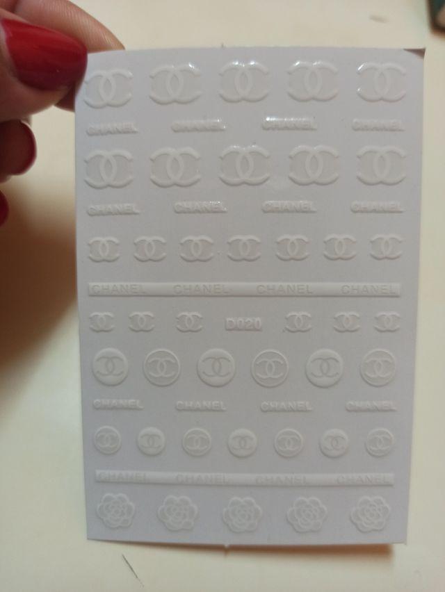 pegatinas Chanel para uñas *4