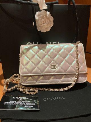 Chanel woc iridescent ivoire