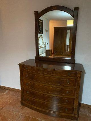 Mueble con cajones + espejo