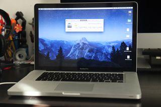 Macbook pro 15 pulgadas 2,4 GHz