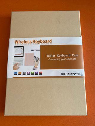 Funda iPad o tablet con teclado.