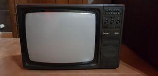 Televisor antiguo Radiola