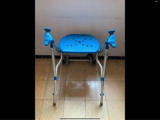 Andador-Caminador con asiento, aluminio plegable