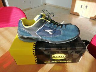 Zapatos seguridad DIADORA